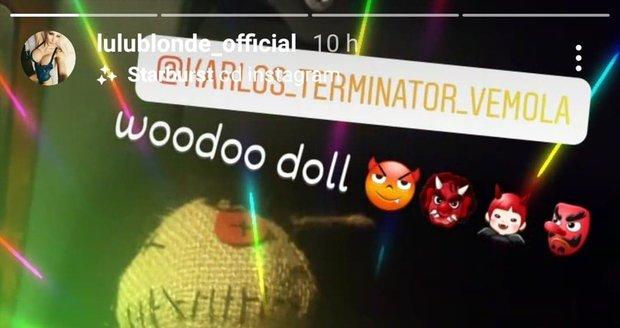Poté co Karlos Vémola popřel jejich údajnou aférku, Zdeňka Černá alias Lulu namíchla a opatřila si Vémolovu voodoo panenku.