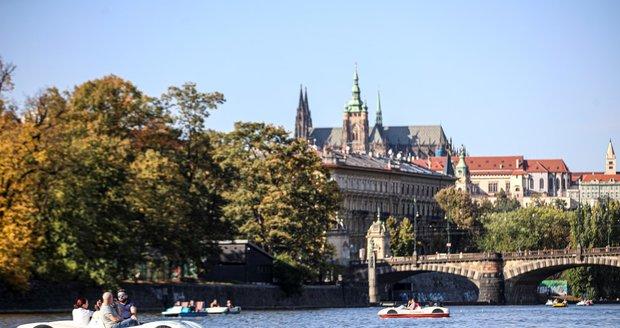 V Praze začal podzim, v říjnu nás počasí nepřekvapí, míní meteorologové (ilustrační foto).