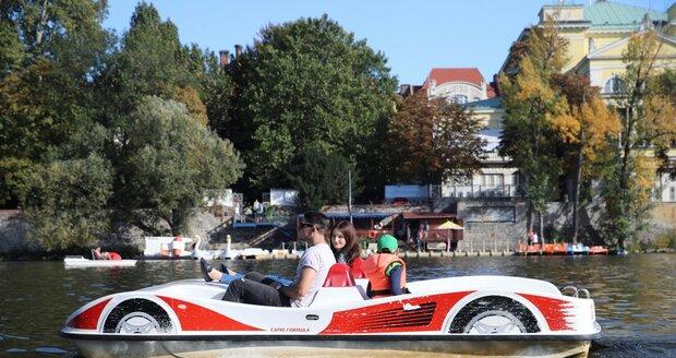 V Praze začne příští týden podzim. Ke konci týdne se ochladí. (ilustrační foto)