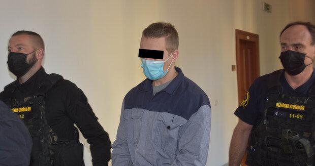 Patrikovi W. (21) hrozí za útok sekerou do hlavy spolužáka Lukáše M. (21) výjimečný trest nebo i doživotí.