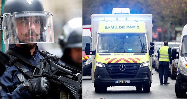 Útok u bývalé redakce Charlie Hebdo: Dva vážně zranění, Pákistánec (18) útočil sekáčkem