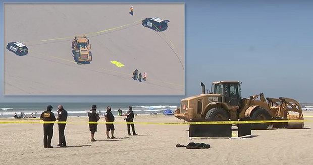 Žena si dala na pláži šlofíka: Ve spánku ji přejel nakladač těžký 22 tun!