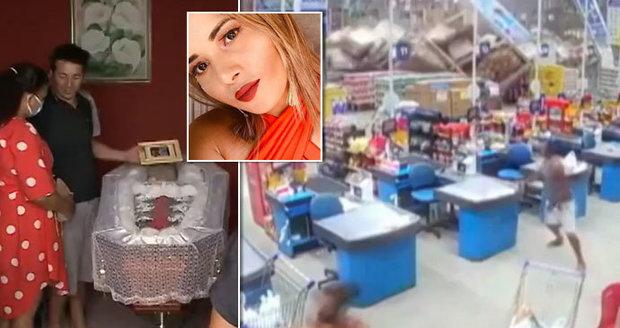 Zával v hypermarketu zabil krásnou skladnici: Zřícené regály zranily osm lidí