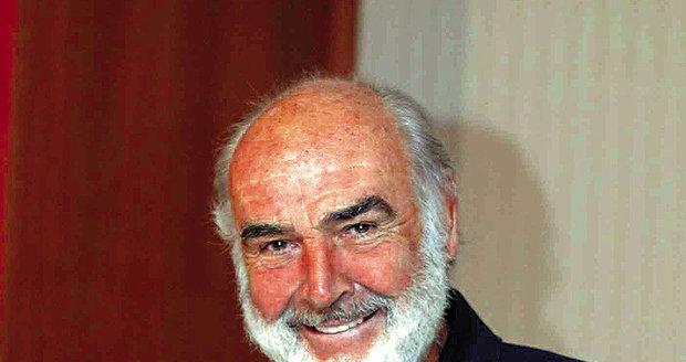 Sean Connery v ČEsku natáčel svůj poslední film, zašel na fotbal a zahrál si golf