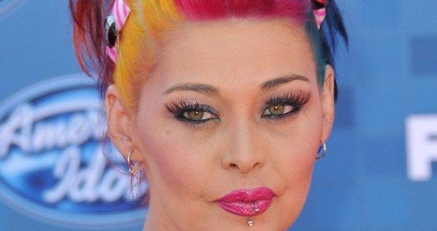 Účastnice American Idol Nikki McKibbin podlehla mozkovému aneurysma
