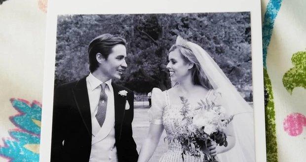 Dosud neviděné fotografie ze svatby princezny Beatrice