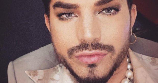 Zpěvák Adam Lambert