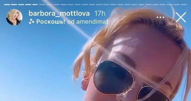 Bára Mottlová ví, jak potěšit své fanoušky.
