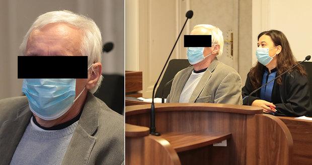 Důchodce, který v opilosti zabil bezdomovce sekerou, dostal u Městského soudu v Praze 7 let.