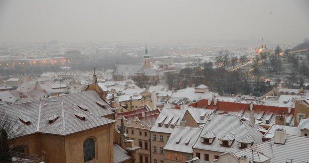 Začátek prosince přinesl sníh i do Prahy (10.12.2020)
