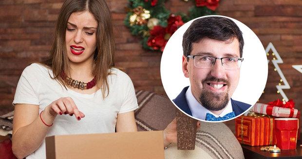 Advokát Ondřej Preuss radí, jak v době nouzového stavu reklamovat vánoční dárky.