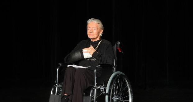 Zdenka Procházková na vozíčku