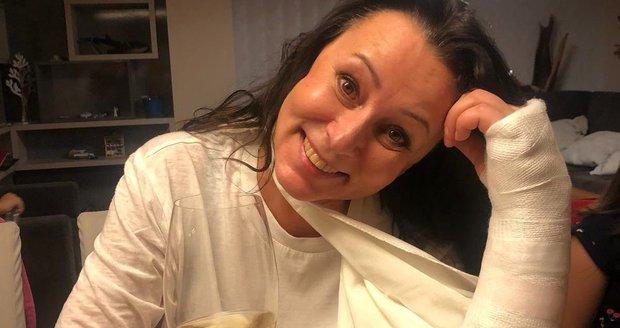 Heidi Janků si zlomila zápěstí, podklouzlo jí to na silnici