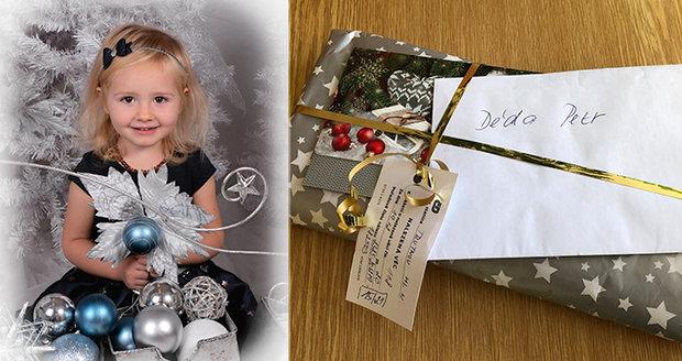 Majitel zatoulaného vánočního dárku děda Petr už se našel. Balíček ukrýval i fotku pravnučky Lilly.