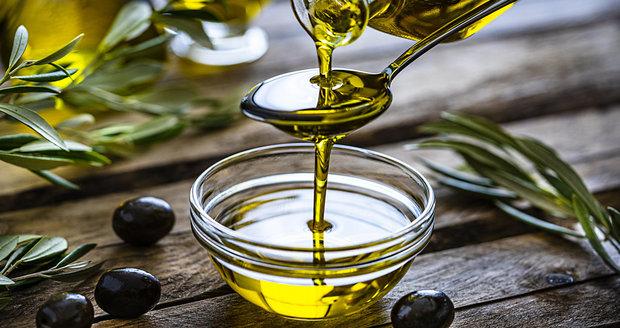 Proč je olivový olej tolik zdraví prospěšný?