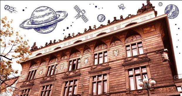 Mapamátky se snaží architekturu prezentovat zábavnou formou. Domy z procházek zdobí například ilustracemi.