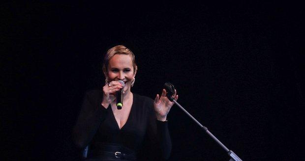 Monika Absolonová na koncertě na Výstavišti