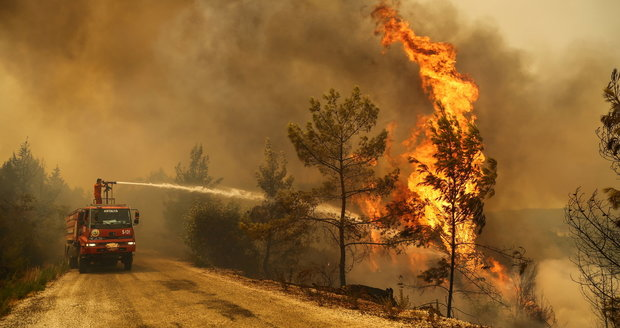 Fires plague Turkey: Hotels in resorts have been put on fire.  Greece and Italy also suffer