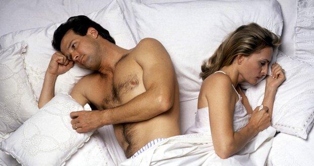 """Naše touha po """"dokonalém"""" těle je tak velká, že bychom se kvůli ní klidně vzdaly milování."""