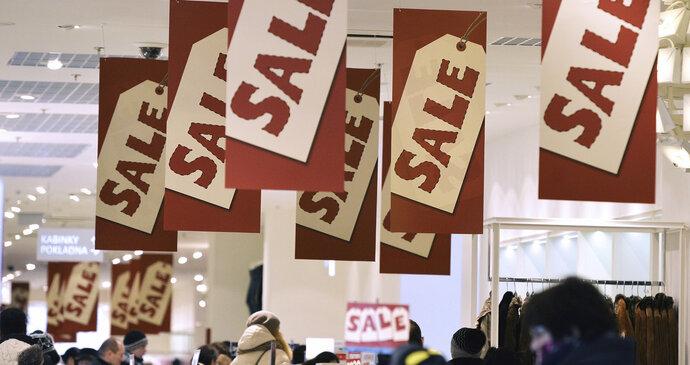 Začíná nákupní ráj  Obchody startují povánoční výprodeje a3d0ba189d
