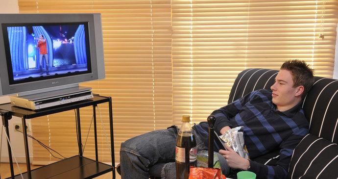 6acbbcd91 Buď si budete muset koupit novou televizi, která umožní přijímat DVB-T2,  nebo
