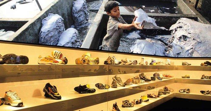 01f9c7aaab42 Dodržování lidských práv dělníků v obuvnictví  Baťa je na správné cestě.