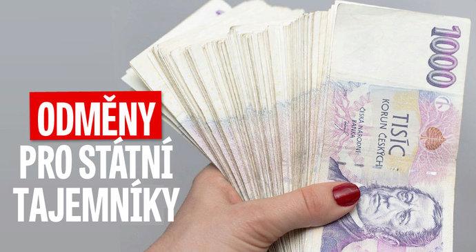 Devět milionů na odměnách  Tak si žijí státní tajemníci na ministerstvech 5a18fa11f89