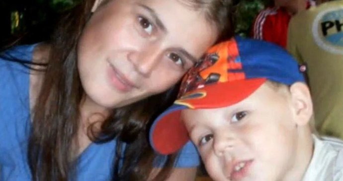 co si přát k 12 narozeninám Maminka oslavila Jožkovy (12) narozeniny, pak ji našli oběšenou  co si přát k 12 narozeninám
