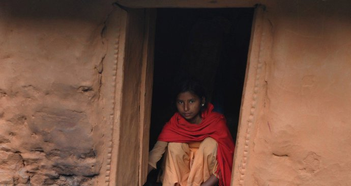 21 letá žena z 25 let daryl a beth chodit mrtvé datování v reálném životě