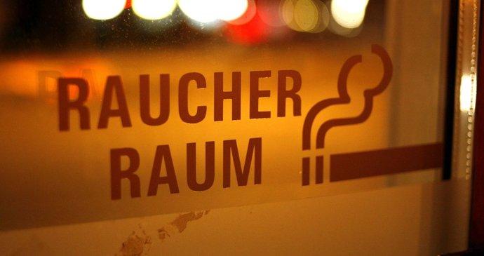 Máma mi dala první kouření