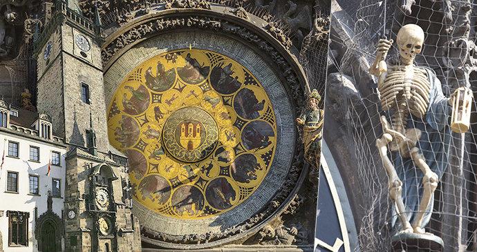 Na Staroměstském orloji se na zasekli apoštolové. Šlo jen o drobnou závadu, kterou orlojník hned opravil