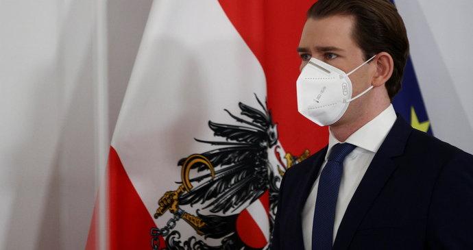 """Rakousko vyjednalo nákup milionu dávek Sputniku V. Ovčáček tleská a opozici vmetl """"žvásty"""""""