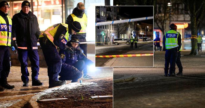 Maniak s nožem pobodal osm lidí! Policie hovoří o terorismu