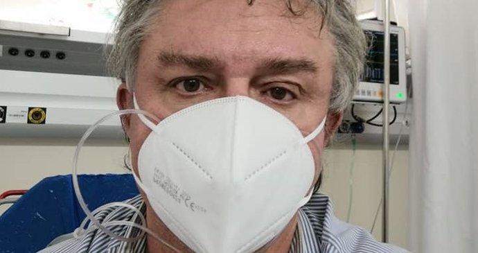 Koronavirus ONLINE: 14 554 případů za čtvrtek. A komunista Dolejš na kyslíku v nemocnici