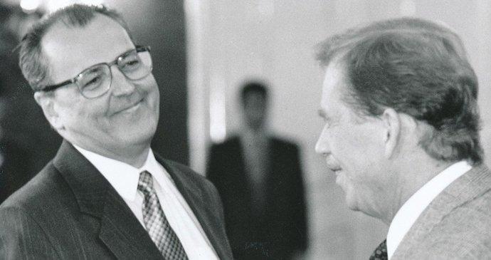 Zemřel bývalý ministr Klausovy vlády Vilém Holáň (†82). Nasměroval Česko do NATO