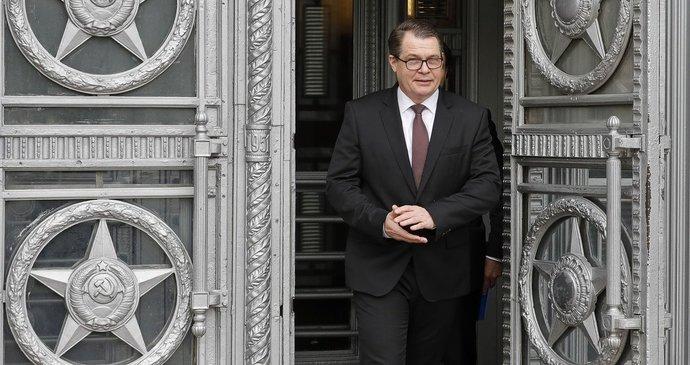 """Provokace, americké stopy, hřímá Rusko. Moskva předvolala českého velvyslance """"na kobereček"""""""