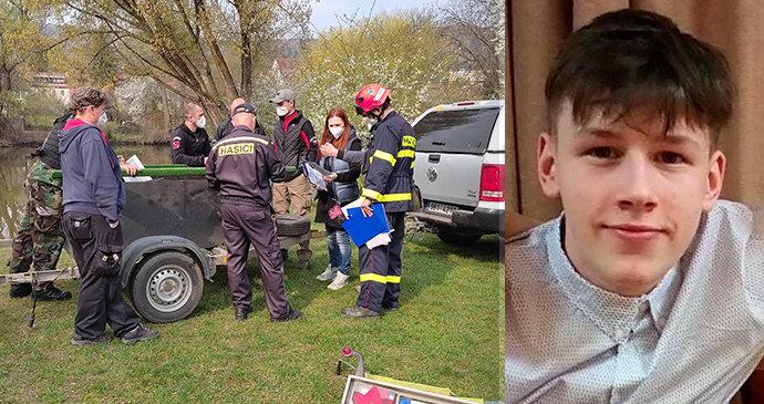Den D: Kvůli ztracenému Tomášovi (15) upouští Svratku! Lidé se na jeho zmizení zviditelňují