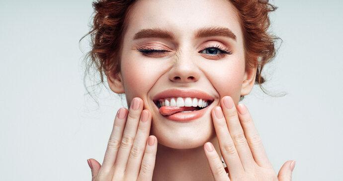 Osm potravin pro bílé zuby: Možná máte některou doma i vy!