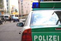 Český motorkář (†33) se v Bavorsku srazil s osobním vozem. Nehodu nepřežil