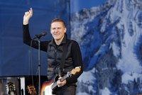 Kanadský zpěvák Bryan Adams vystoupí v listopadu Ostravě