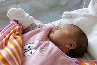V Praze našli novorozeně v suterénu bytovky! Matku hledá policie
