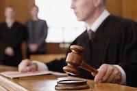 Ukrajinku soud vyhostil, ale ona zůstala: Ústavní soud se jí zastal, justice chybovala