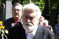 Rodina se rozloučila s hercem Iljou Rackem (†88): Bez obřadu i bez hrobu!