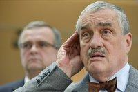 Schwarzenberg zvažuje konec v čele TOP 09, přestává slyšet