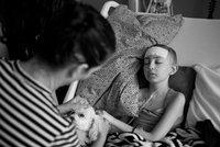 Dívka, která nenáviděla paruky, zemřela: Talia (13) prohrála svůj boj s rakovinou