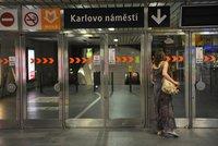 Poplach v metru: Vestibul Karlova náměstí byl pro podezřelý zápach hodinu uzavřen
