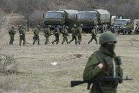 Ruský voják začal střílet při cvičení na kolegy. Tři zabil kalašnikovem a uprchl