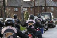 Motorkář gangu Hells Angels měl zavraždit rivala. Němce zadrželi v Rakousku