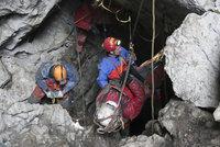 Čech zemřel při práci v jeskyni. V Rakousku spadl do hloubky 30 metrů