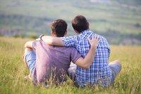 Gayům v USA dovolili darovat krev. Nesmějí ale spát s muži